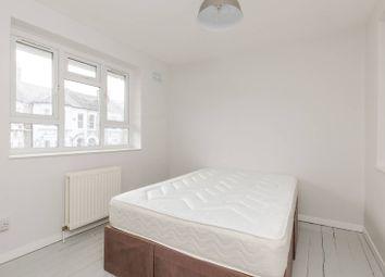 Thumbnail 3 bedroom maisonette to rent in Lavender Sweep, Clapham Junction