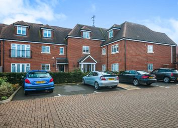 Thumbnail 3 bed penthouse for sale in Foxglove Drive, Holyport, Maidenhead