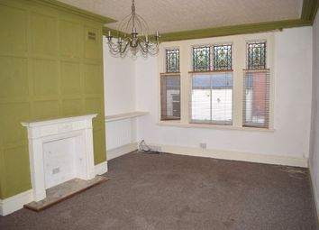 Thumbnail 3 bed flat to rent in Oxford Street, Ripley