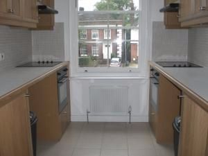 Thumbnail Studio to rent in Finchley Road, Hampstead, Hampstead