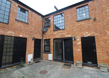 Thumbnail 1 bedroom property to rent in Silver Street, Newport Pagnell