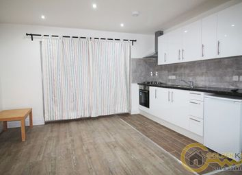 Thumbnail 1 bed flat to rent in Barfield Avenue, East Barnet