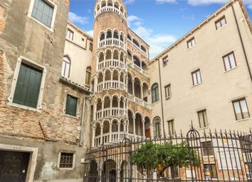 Thumbnail 7 bed apartment for sale in Ca' Della Scala, San Marco, Venice, Italy