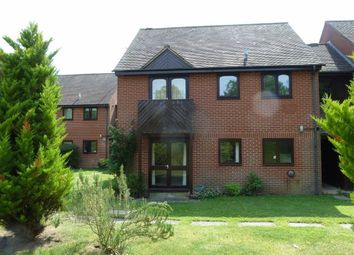 Thumbnail 2 bedroom flat to rent in Essex Way, Sonning Common, Sonning Common Reading