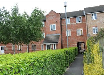 Thumbnail 2 bed flat for sale in Crompton Street, Chelmsford
