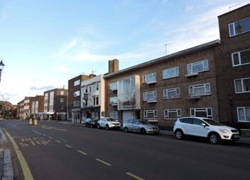 Thumbnail 1 bed flat to rent in High Street, Portsmouth