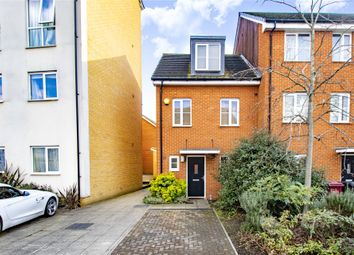 3 bed end terrace house for sale in Gweal Avenue, Reading, Berkshire RG2