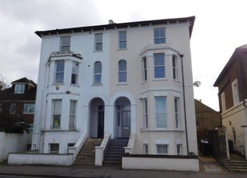 1 bed flat to rent in Portsmouth Road, Surbiton KT6