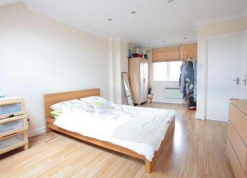 Thumbnail 4 bed maisonette to rent in Galloway Road, Shepherd's Bush
