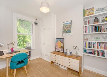 2 bed maisonette for sale in Sandrock Road, Lewisham, London SE13
