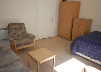 Thumbnail Studio to rent in Ashvale Place, Ground Left