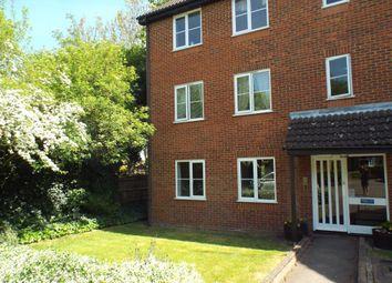 Thumbnail 2 bedroom flat to rent in Sandridge Court, St Albans