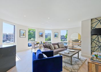 Thumbnail 3 bed flat for sale in Millfields Road, London