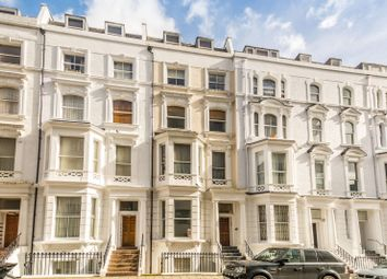 Thumbnail 2 bed flat to rent in Hatherley Grove, Westbourne Grove