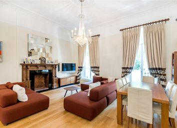 St. Georges Square, London SW1V. 3 bed flat