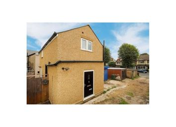 Thumbnail 1 bed detached house to rent in Stanley Road, Carshalton