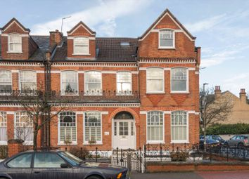 2 bed property for sale in Elmbourne Road, London SW17