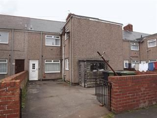 2 bed flat to rent in Sycamore Street, Ashington NE63