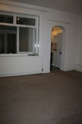 Thumbnail Room to rent in Heath Park Road, Heath Park, Romford