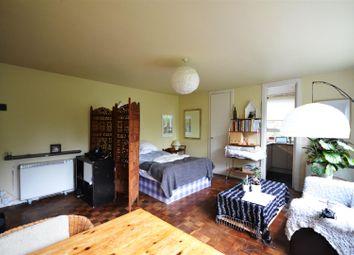 Thumbnail Studio to rent in Hilltop House, Hornsey Lane, Highgate