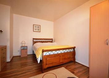 Thumbnail 1 bed flat to rent in Sunnyside Road, Crouch End