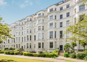 Thumbnail 1 bed flat to rent in Pinehurst Court, Colville Gardens, London