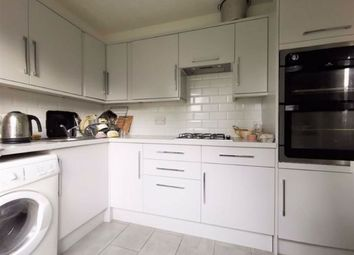 3 bed flat to rent in Newington Green, London N1