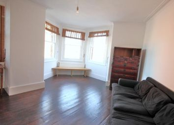 Thumbnail 2 bed flat to rent in Green Lanes, Islington, London