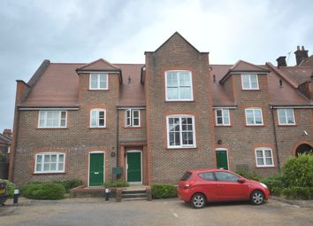 Thumbnail 1 bed flat to rent in Gammons Lane, Watford