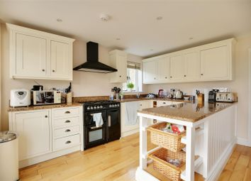 Thumbnail 2 bed cottage to rent in The Creek, Henwick, Thatcham