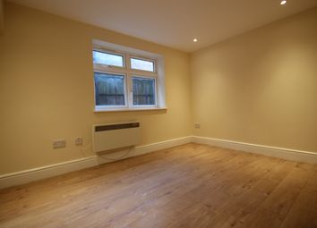 Thumbnail Studio to rent in Desborough Avenue, High Wycombe
