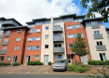 Thumbnail 1 bed flat to rent in Stanton House Coxhill Way, Aylesbury