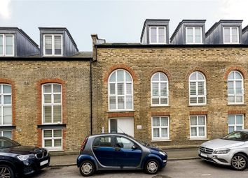 Thumbnail 5 bedroom flat to rent in North Road, Kew Bridge, Brentford, Middlesex