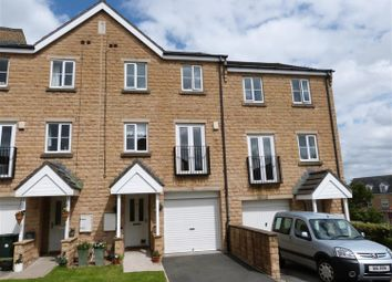 Thumbnail 3 bed town house for sale in Agincourt Drive, Gilstead