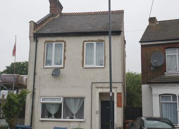 Thumbnail 1 bed flat to rent in Graham Road, Wealdstone