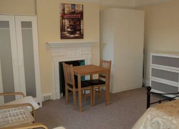 Thumbnail Room to rent in Farnham Road, Guildford