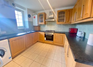 Thumbnail 3 bed flat to rent in Hollybush Gardens, London