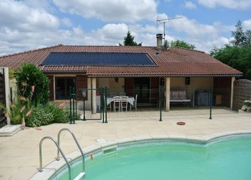 Thumbnail 3 bed bungalow for sale in Miramont De Guyenne, Lot-Et-Garonne, Aquitaine, France