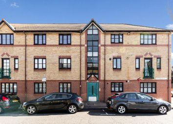 Thumbnail 2 bed flat for sale in Stainsbury Street, Bethnal Green