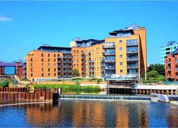 Thumbnail 2 bed flat for sale in Merchants Quay, Leeds