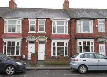 Thumbnail 3 bed town house to rent in Brinkburn Road, Darlington
