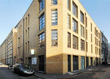 Thumbnail 5 bed flat to rent in London Lane, London