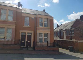 Thumbnail 2 bed flat to rent in Kelvin Grove, Bensham, Gateshead