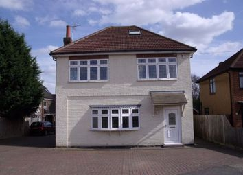 2 bed flat to rent in Tyrrells Road, Billericay CM11