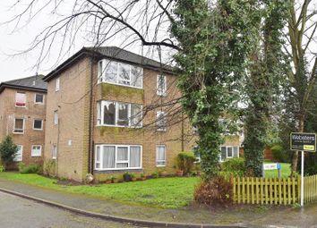 Thumbnail 2 bed flat to rent in Teddington Park, Teddington