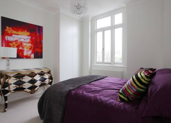 Thumbnail 1 bedroom flat to rent in Norland Square, Holland Park