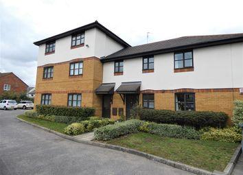 Thumbnail 2 bed flat to rent in Peterslea, Water Lane, Kings Langley