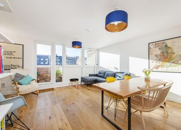 Thumbnail 3 bed maisonette for sale in Crondall Street, Hoxton