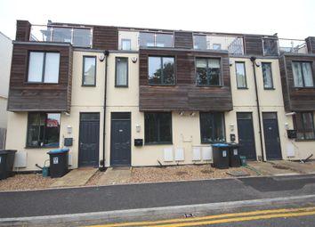 K D, Cotterells, Hemel Hempstead HP1. 3 bed terraced house