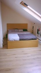 Thumbnail 1 bed flat to rent in 48 Graham Road, Hackney